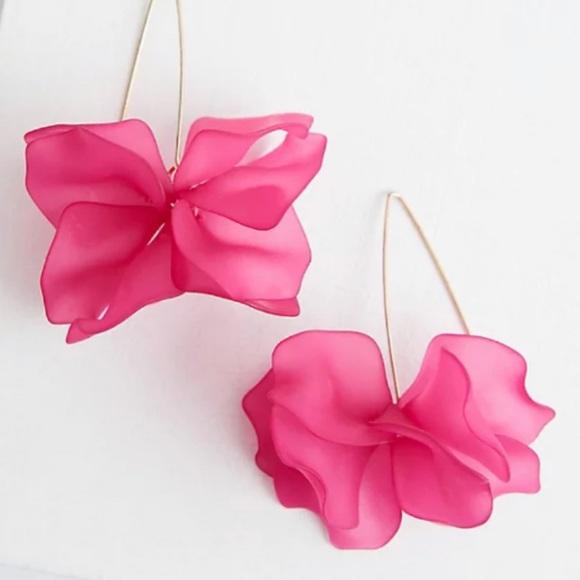 🆕 Bright Pink Floral Drop Earrings NWT Torrid